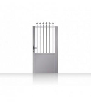 Portillon droit en aluminium sur mesurefaçonfer forgé semi-plein avec haut barreaudé ajouré et soubassement en tôle lisse ple