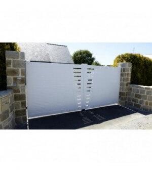 Portail PVC coulissant Saumur
