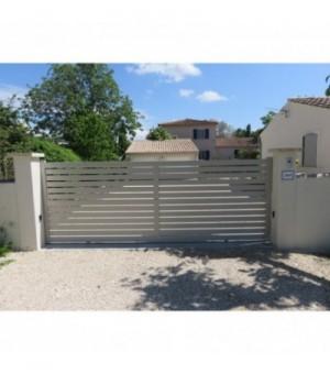 Portail aluminium coulissant ajouré Chartres
