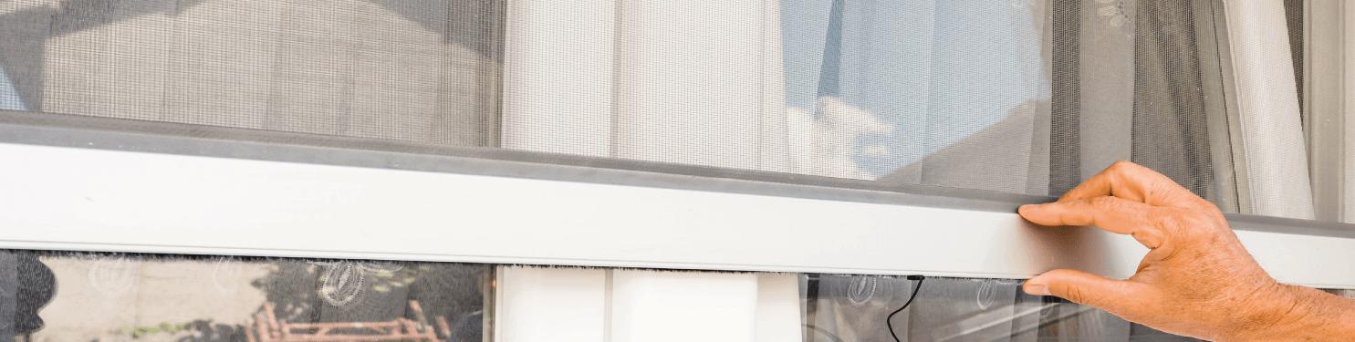 Moustiquaires sur mesure fabriquées en France| LMC Ouvertures