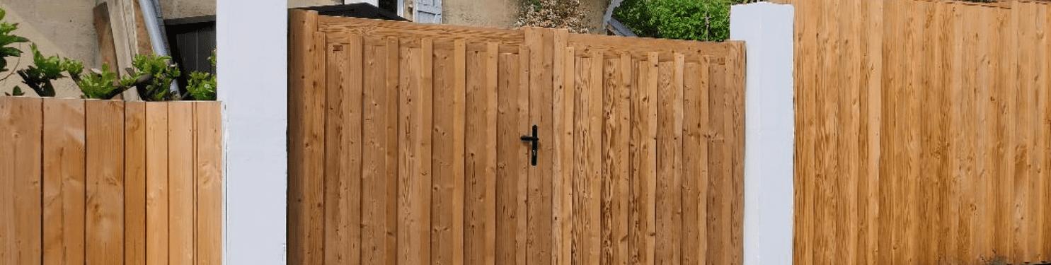 Portail bois sur mesure Made in France | LMC Ouvertures
