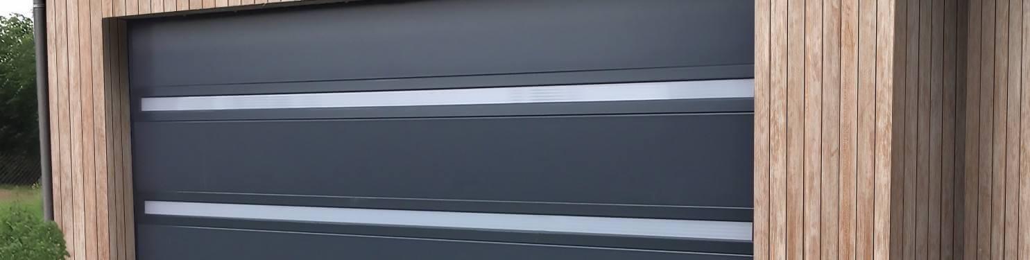 Porte de garage sectionnelle sur mesure | LMC Ouvertures