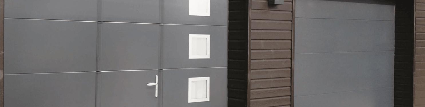 Porte de garage sectionnelle avec portillon sur mesure | LMC Ouvertures