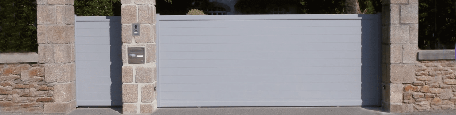 Portillon aluminium moderne sur mesure | LMC Ouvertures