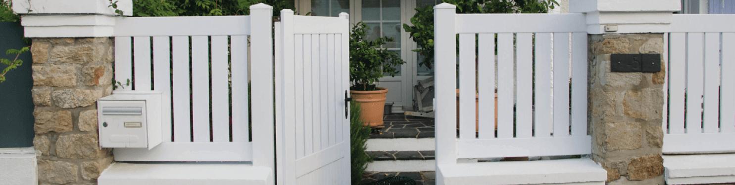 Portillon PVC moderne sur mesure | LMC Ouvertures